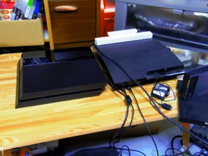 PS3 PS4 大きさ比較